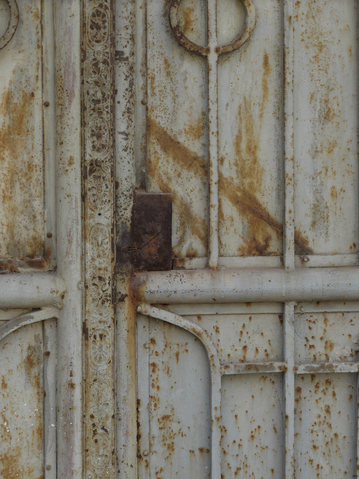 Porte rouillée