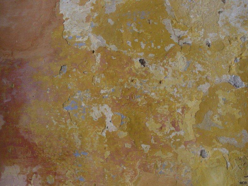 Mur en jaune