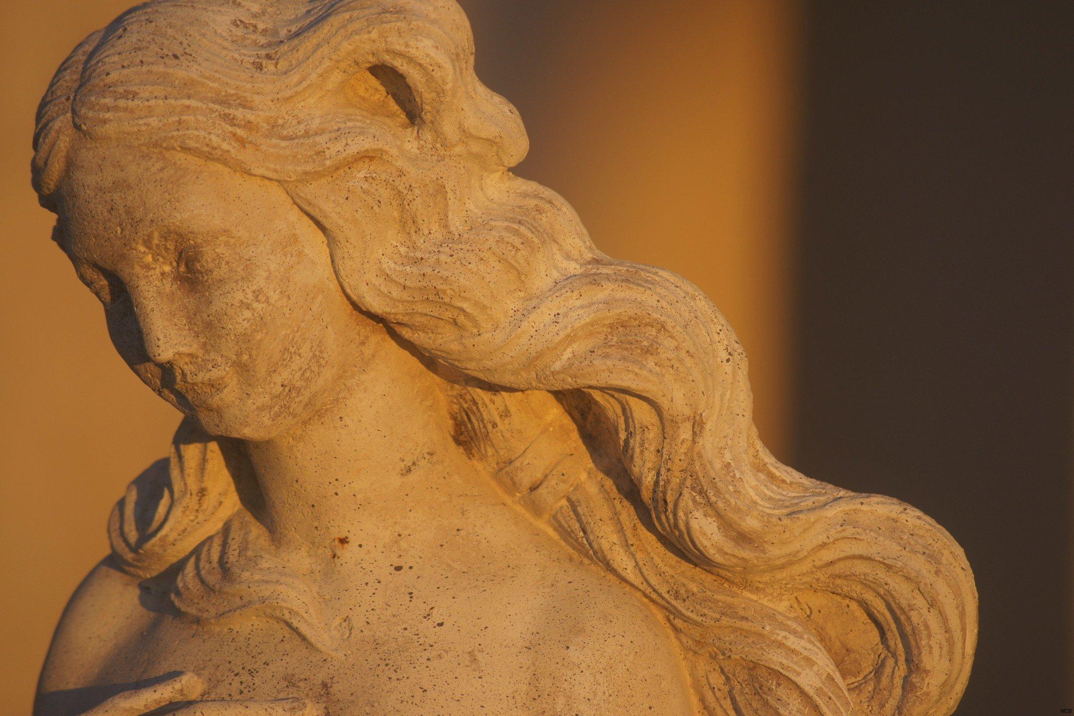 Statue au soleil couchant (2)