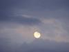 Jeu de lune et de nuages